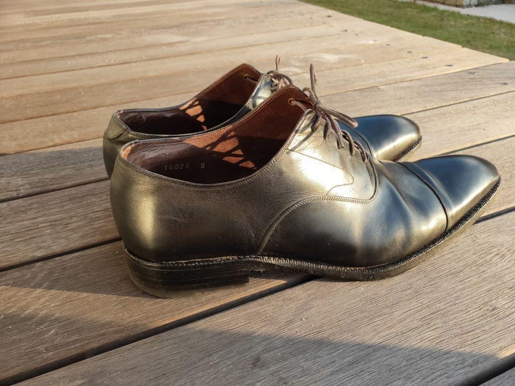 ミンクオイルを塗った後の靴1