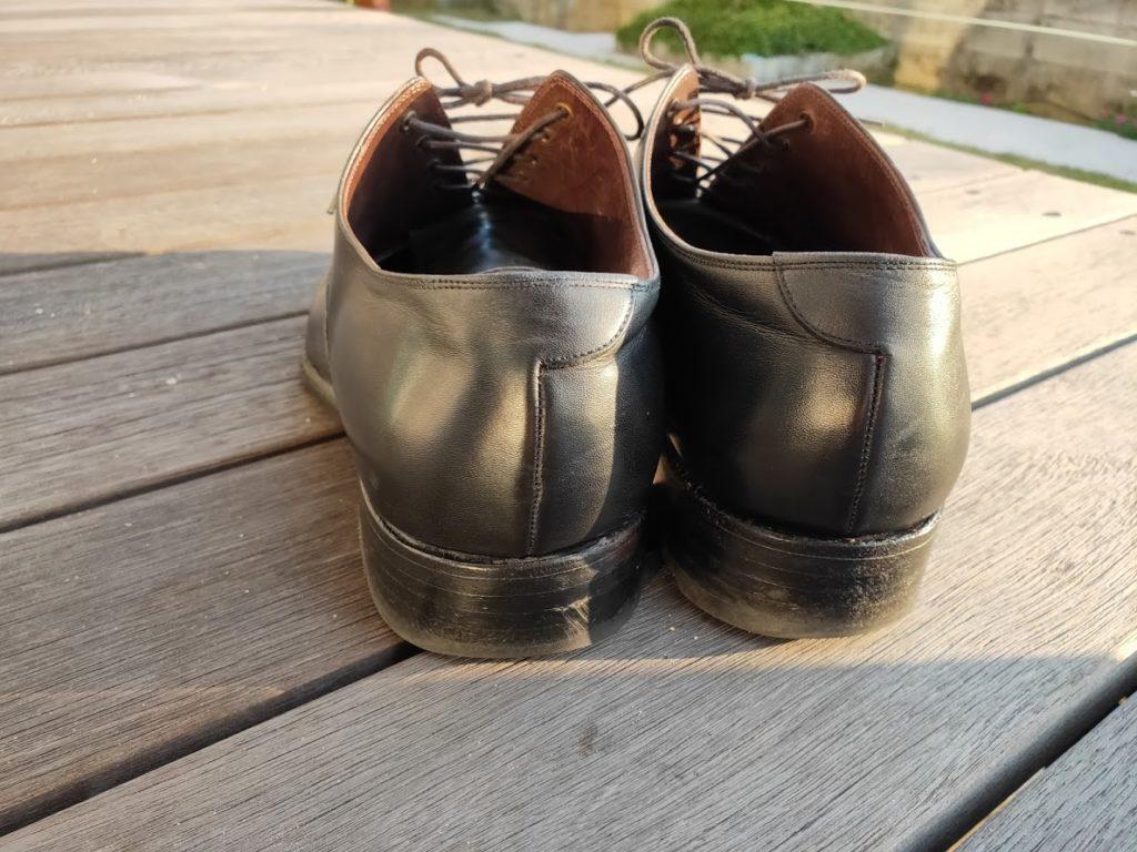 ミンクオイルを塗った後の靴2