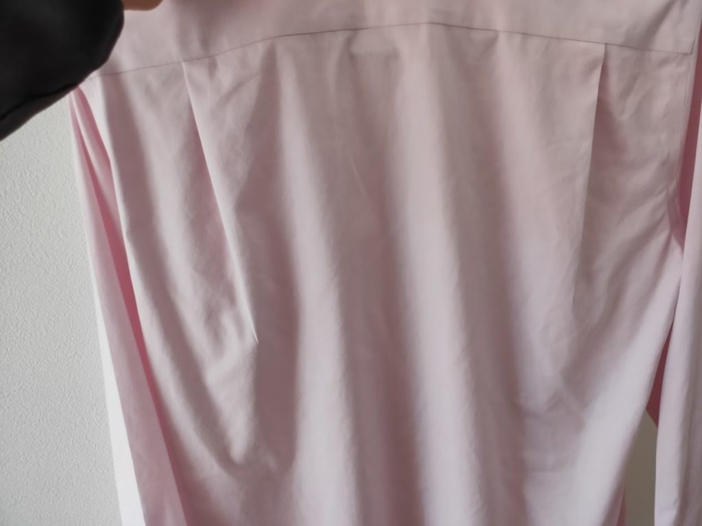 ユニクロファインクロススーパーノンアイロンシャツの乾燥後2