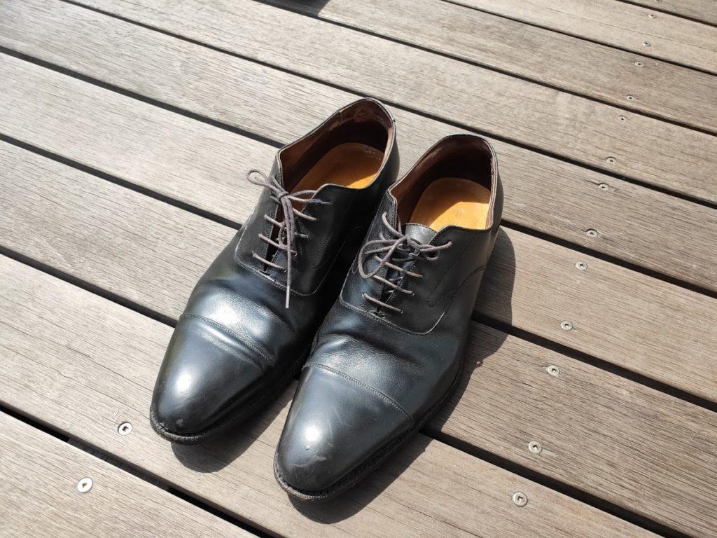 革靴の全体の塗る前