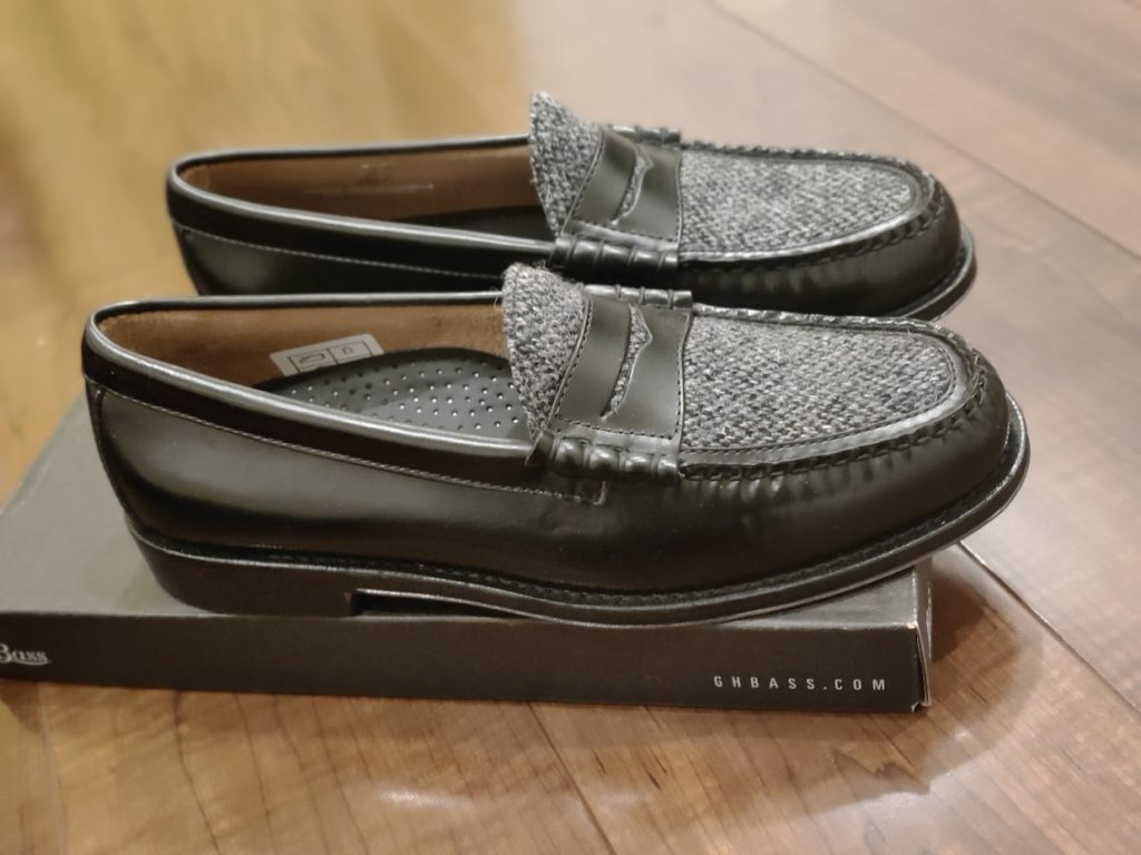 GHBASS-WEEJUNSの靴横から