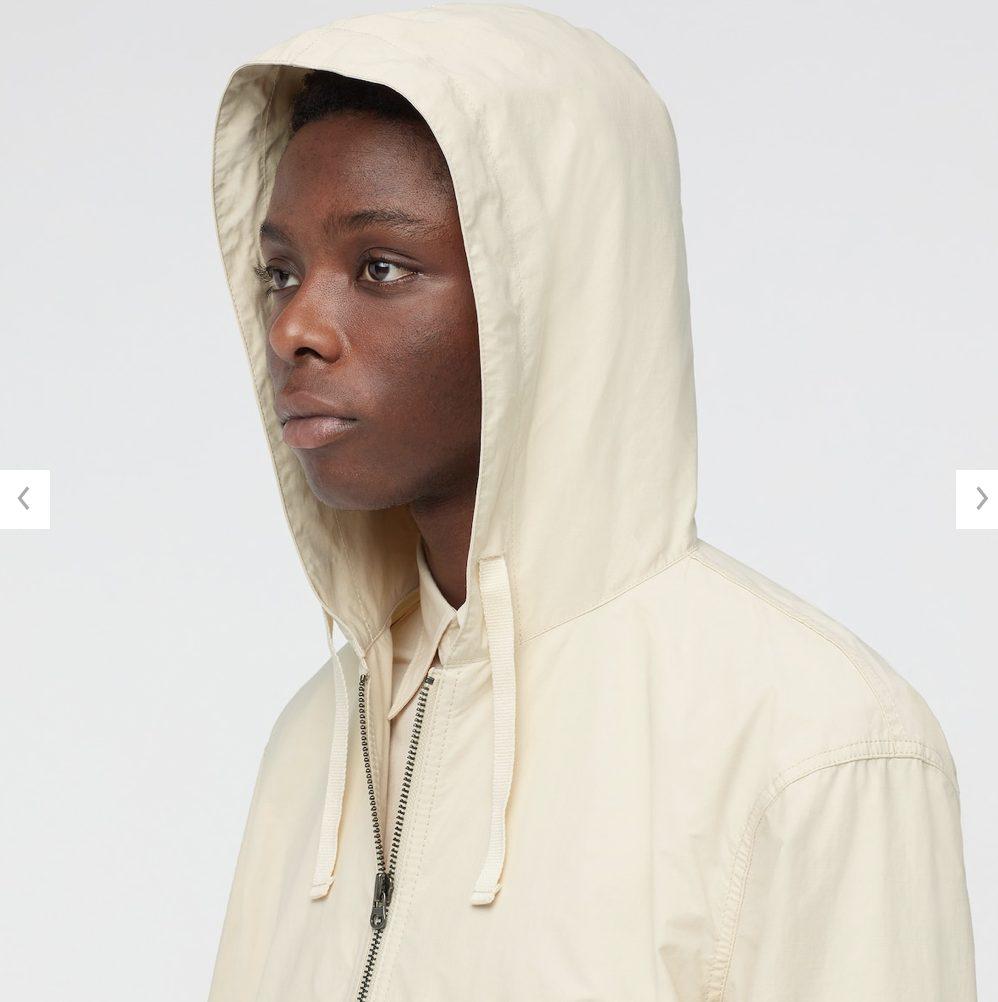 2021年春夏ユニクロUフーデッドコートのモデル4