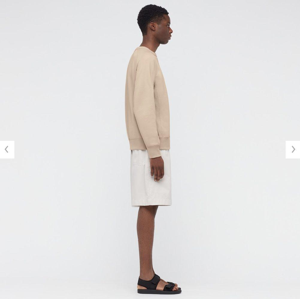2021年春夏ユニクロUワイドフィットスウェットシャツのモデル4