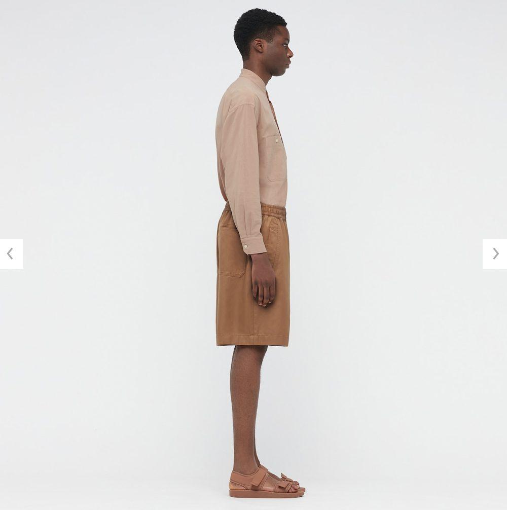 2021年春夏ユニクロUイージーワイドフィットショートパンツのモデル3