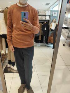 2021年春夏ユニクロU3DクルーネックセーターのオレンジL前