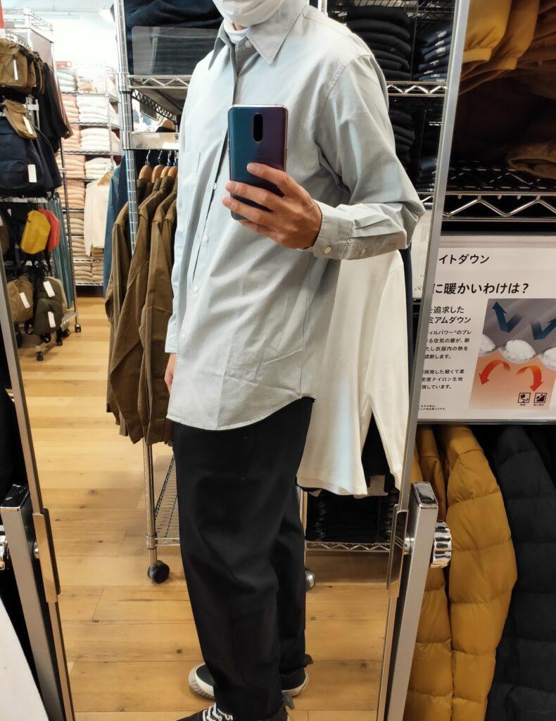 2021年春夏ユニクロUレギュラーフィットシャツのブルーL横