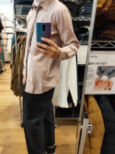 2021年春夏ユニクロUレギュラーフィットシャツのピンクM横