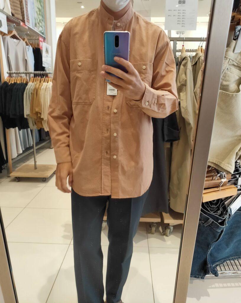 2021年春夏ユニクロUワイドフィットスタンドカラーストライプシャツのピンクM前