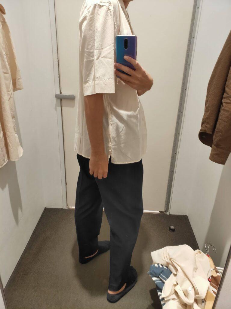 2021年春夏ユニクロUオープンカラーシャツのナチュラルM後ろ