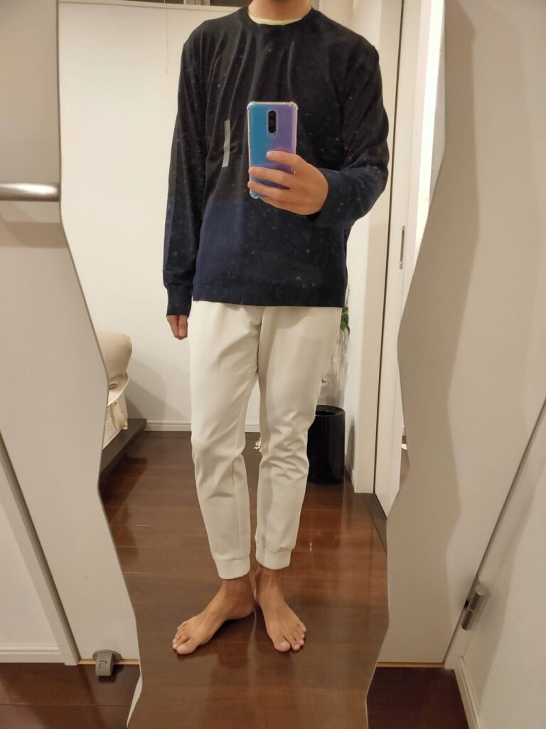 2021ssjシルクコットンクルーネックセーターのジョガーパンツ前