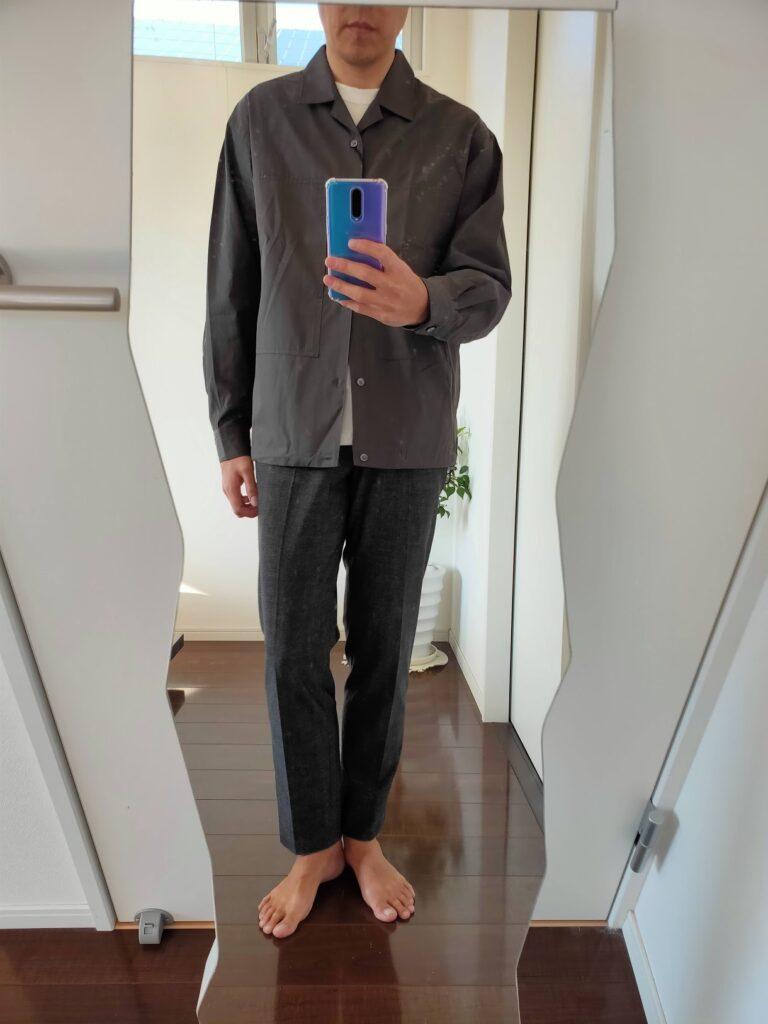 2021ssjスーピマコットンオーバーサイズシャツブルゾンのスラックスコーデ1