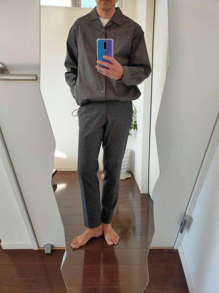 2021ssjスーピマコットンオーバーサイズシャツブルゾンのスラックスコーデ4
