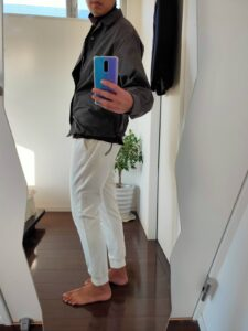 2021ssjスーピマコットンオーバーサイズシャツブルゾンのジョガーパンツコーデ5