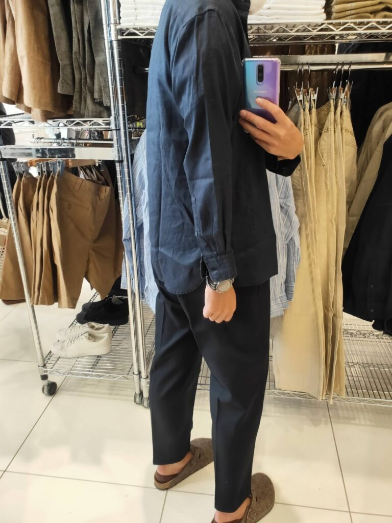 2021SSJWアンダーソンプレミアムリネンオーバーサイズスタンドカラーシャツのネイビーS後ろ
