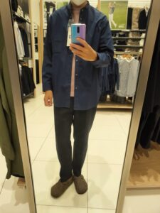 2021+JスーピマコットンオーバーサイズスタンドカラーシャツのブルーM前