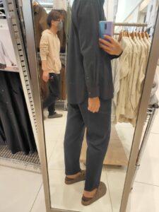 2021ssエクストラファインコットンブロード スタンドカラーシャツのブラックM後ろ