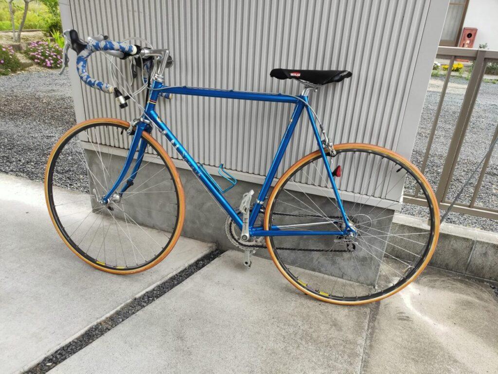 ロードバイクパナソニックとファッションの自転車画像1